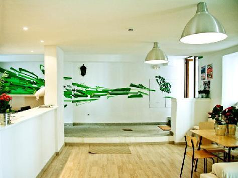 H�tel The Living Roof Hostel Madrid  madrid
