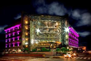 Courtney Hotels Grand Prix