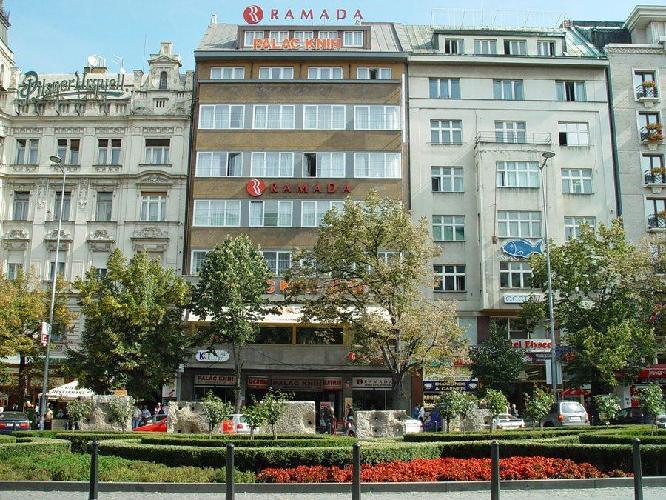 Hotel ramada prague city centre prague for Hotels in prague city centre
