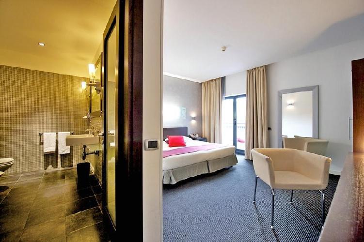 Hotel Mercure Palermo Via Mariano Stabile