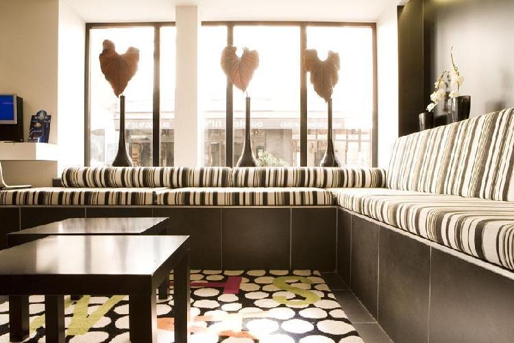 Hotel standard design paris for Standard design hotel