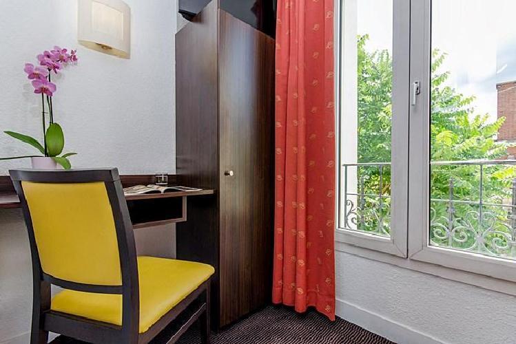 Hotel arc porte d 39 orleans montrouge - Supermarche porte d orleans ...