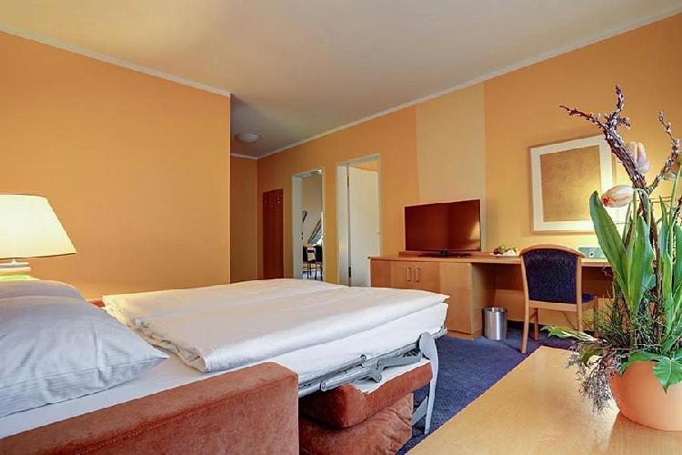 Hotel Plus Berlin Neukolln