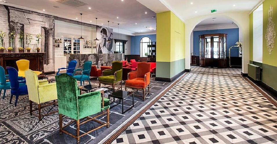 Jules cesar hotel spa arles for Salon arles