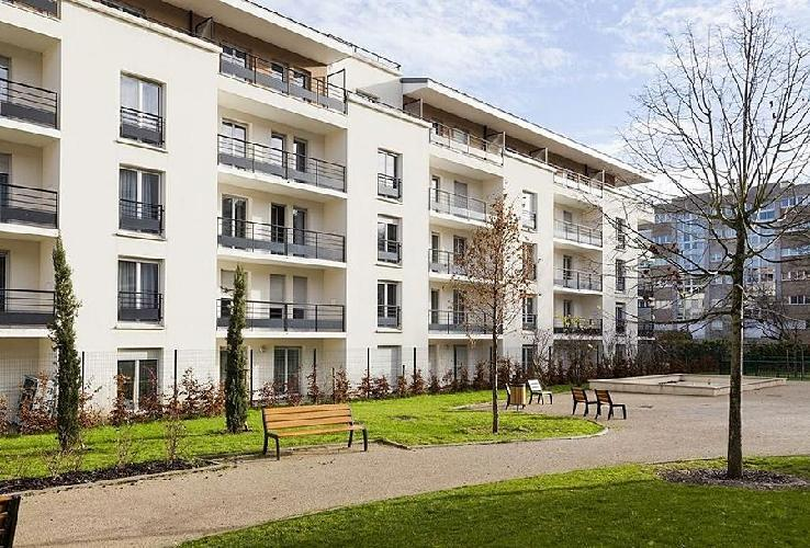 Comfort suites port marly le port marly - 3 avenue simon vouet le port marly 78560 ...