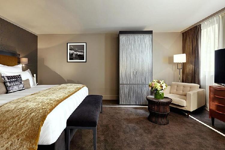 hotel juliana paris. Black Bedroom Furniture Sets. Home Design Ideas