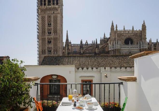 Eme Catedral Hotel Seville